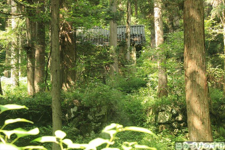下荒谷の神社1