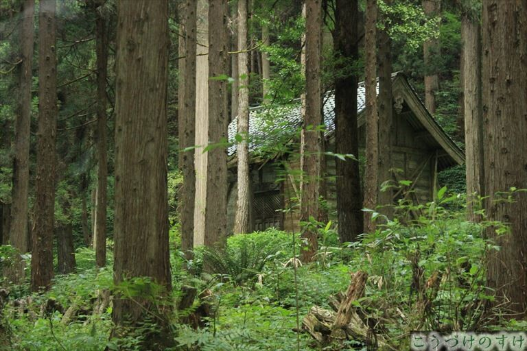 下荒谷の神社2