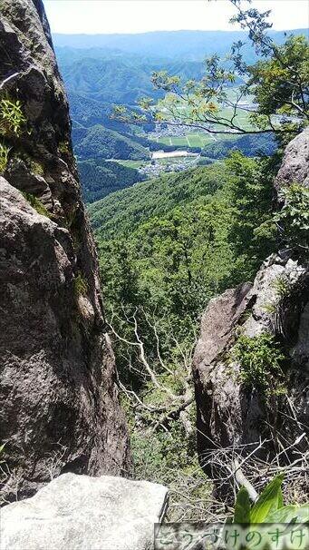 トンビ岩4